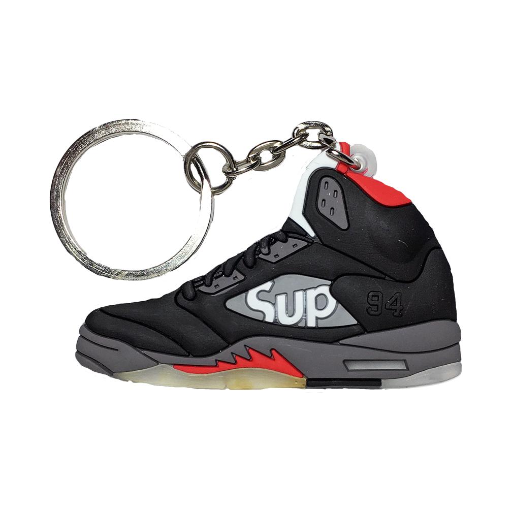 "Jordan 5 Sepreme ""Black"" Keychain"